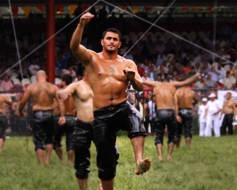 Tarihi Kırkpınar 654. Yağlı Güreşlerine Bin 923 Güreşci Katıldı