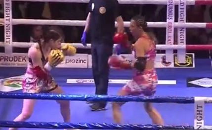 World Fight Night Türkiye Serisi'nde Sabriye Şengül, Karaoulani'ye Galip