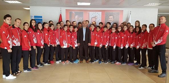 TKF Başkanı Esat Delihasan, Gençler Karate Milli Takımını Ziyaret Etti