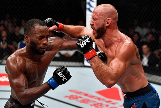UFC Fight Night 132 Singapur'da Gerçekleşti