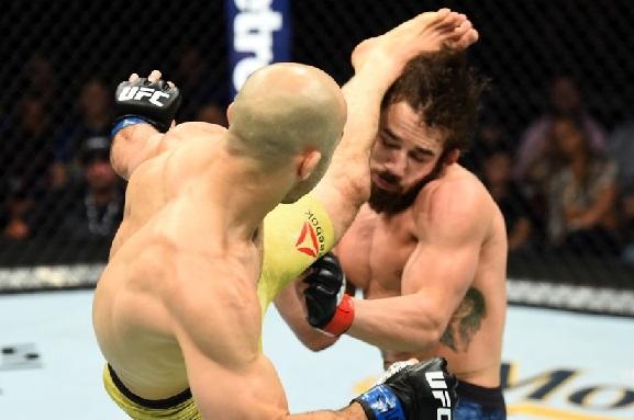 UFC Fight Night 131 New York'ta Gerçekleşti