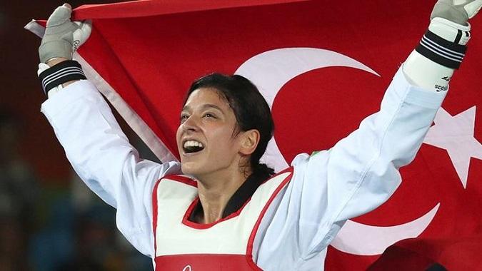 Taekwondo'da Deprem! Tatar, Aktif Sporculuk Kariyerini Bıraktığını Açıkladı.