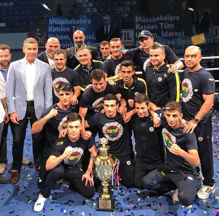 Türkiye Boks Ligi'nin ilk Şampiyonu Fenerbahçe