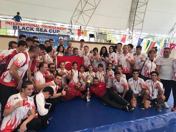 Uluslararası Karadeniz Ülkeleri Muaythai Kupası'nda 42 madalya