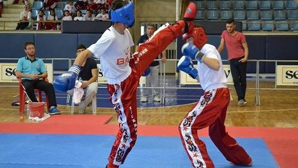 Kıck Boksta Branşlar; POINT FIGHTING