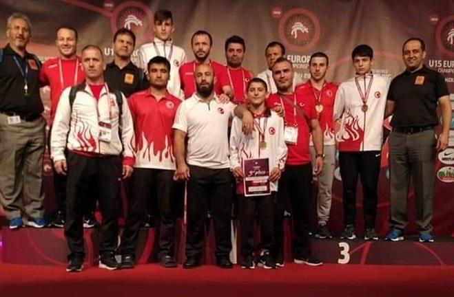 Avrupa U15 Güreş Şampiyonası'nda 9 Madalya
