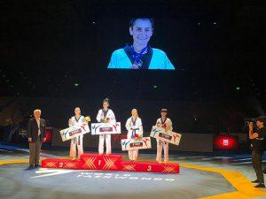 Hatice Kübra İlgün'den Tokyo Hatırası; Prix 2. Seri Müsabakası'nda Altın Madalya…