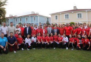 Ümit, Genç ve 21 Yaş Altı Karate Milli Takımı Şili'deki Dünya Kupası İçin Kamp Yapıyor