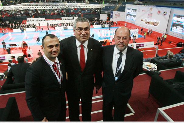 """Esat Delihasan: """"Hem Türkiye, hem de dünya karatesi olarak üzerimize düşeni yapacağız."""""""