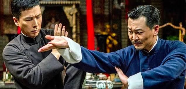 Ip Man 4: Final, Kung Fu ustası Ip Man'ın kendisini Amerika'da bir mücadele içerisinde bulmasını anlatıyor.