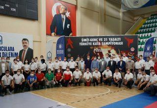 Türkiye Kata Şampiyonası Bursa'da Gerçekleşti